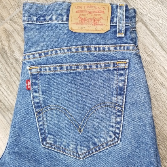 Levi's Other - Levi's 550 33 x 28 Husky relaxed fit